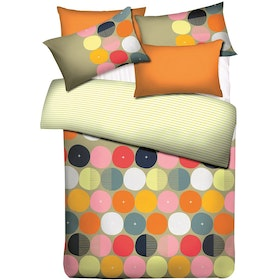 Ai by Akemi Set Sprei dan Bed Cover Lovesome Bomber 180x200x30cm