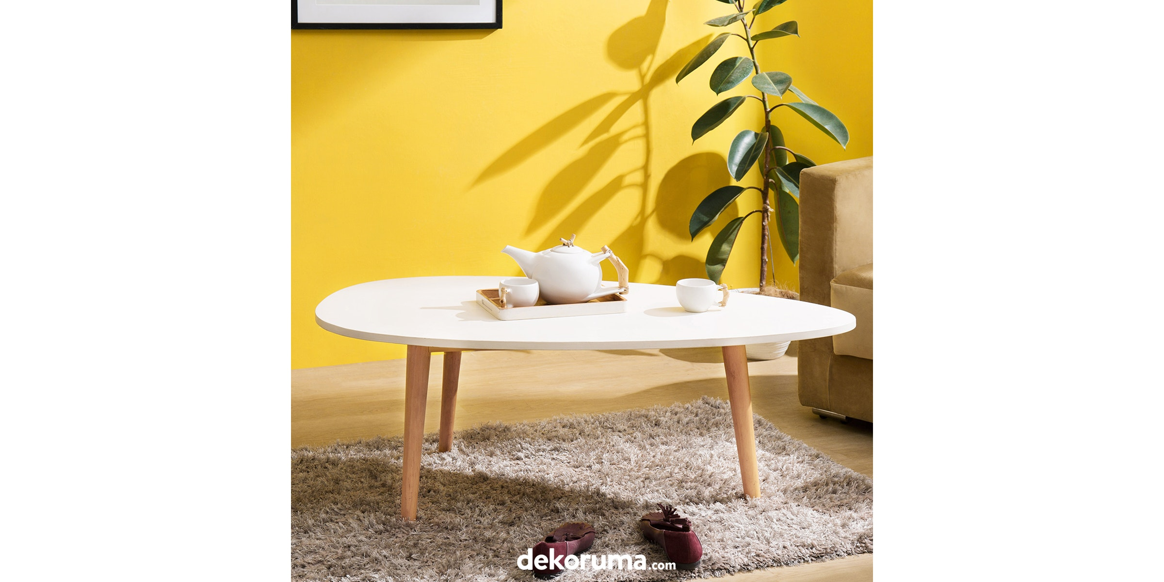 Alegre Nordic Oval Coffee Table