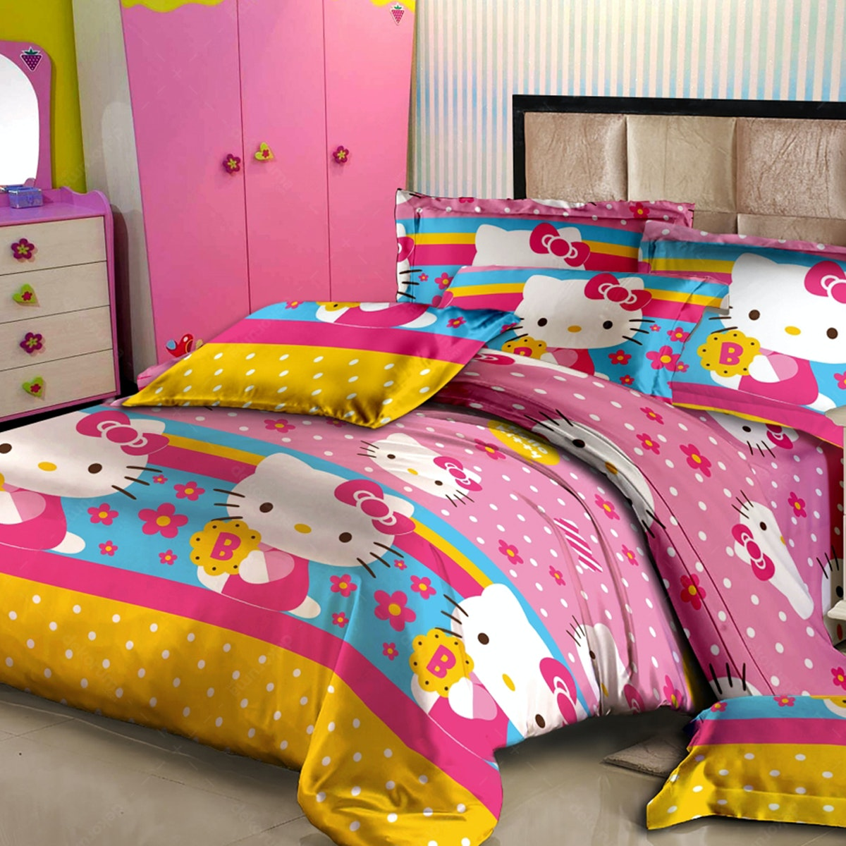Pesona Disperse Sprei Kitty Merah muda Uk 120x200x20cm