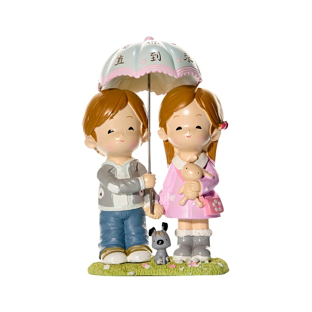 Capodimonte Boy & Girl Couple Figurine Umbrella