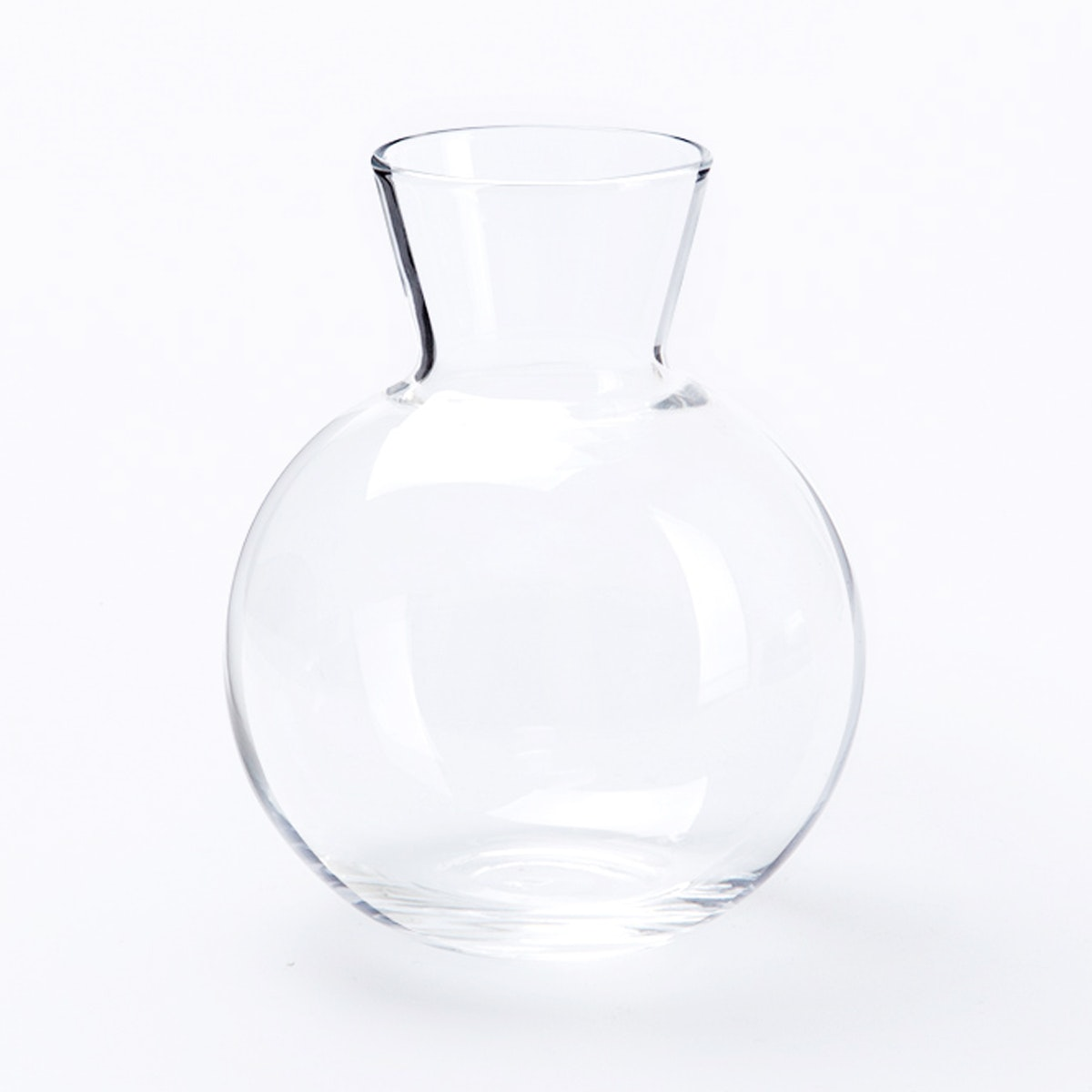 Dama Round French Carafe
