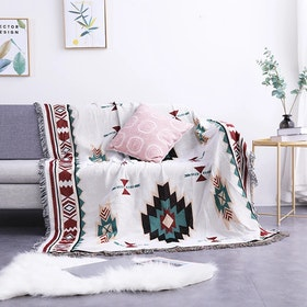 Maiika Tapestri Vasa 1- Warna-warni- Throw Blanket 180x230 CM