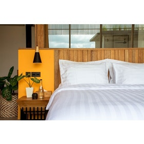 Indolinen Fitted Sheet - Sprei Stripe King 180x200x30 TC-300