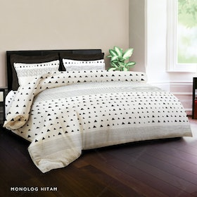 King Rabbit Set Bed Cover & Sprei Sarung Bantal Queen Motif Monolog - Hitam Uk 160x200x40 cm