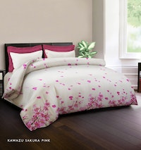 King Rabbit Set Bed Cover & Sprei Sarung Bantal Full Motif Kawazu Sakura - Pink Uk 120x200x40 cm