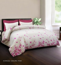 King Rabbit Set Bed Cover & Sprei Sarung Bantal Queen Motif Kawazu Sakura - Pink Uk 160x200x40 cm