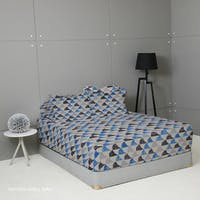 King Rabbit Set Sprei Sarung Bantal Queen Motif Moody Pattaya Shell - Biru Uk 160x200x40 cm