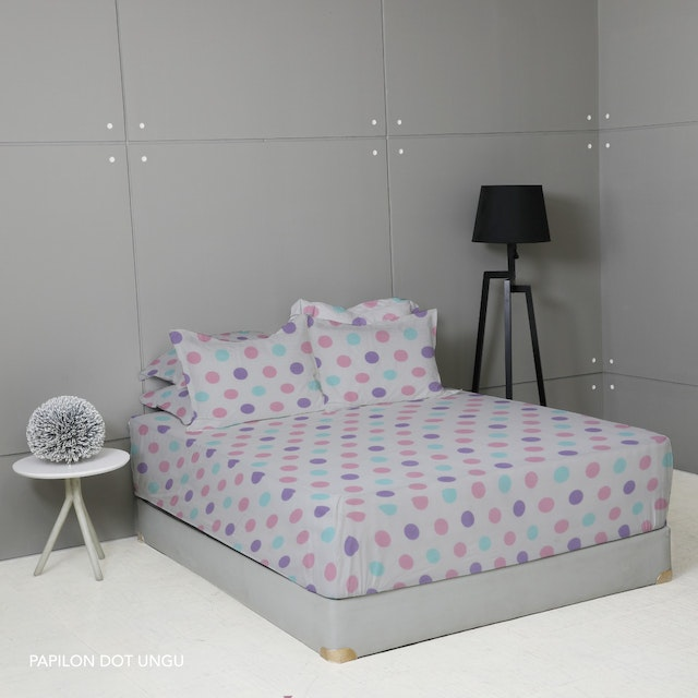 King Rabbit 7STAR Set Sprei Sarung Bantal Extra King Papilon Dot - Ungu Uk 200x200x40cm