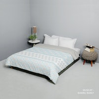 King Rabbit King Rabbit Bed Cover Single Motif Muscat - Biru Uk 140x230 cm