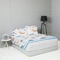 King Rabbit Set Sprei Sarung Bantal Queen Motif Airbus Biru Uk 160x200x40 cm