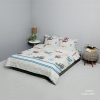 King Rabbit Set Bed Cover & Sprei Sarung Bantal Queen Motif Airbus Biru Uk 160x200x40 cm