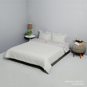 King Rabbit Set Bed Cover & Sprei Sarung Bantal Queen Motif Bambu Berly Uk 160x200x40 cm