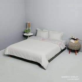 King Rabbit Set Bed Cover & Sprei Sarung Bantal King Motif Bambu Berly Uk 180x200x40 cm