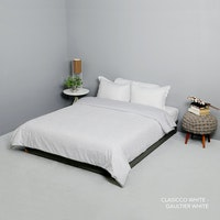 King Rabbit Bed Cover Single Motif Clasico Putih Uk 140x230 cm