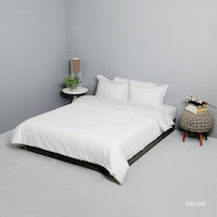 King Rabbit Bed Cover Single Motif Deluxe Putih Uk 140x230 cm
