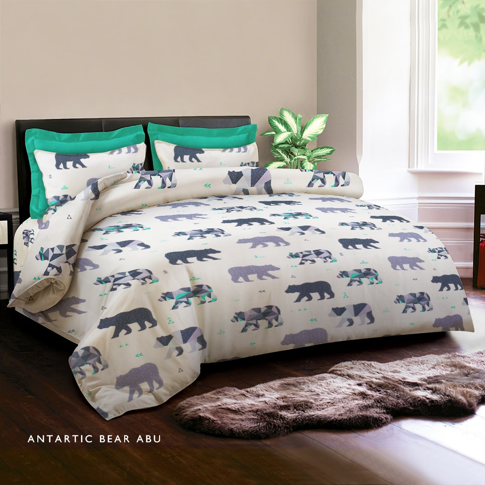 King Rabbit Set Sprei Antartic Bear Abu 180X200X30cm