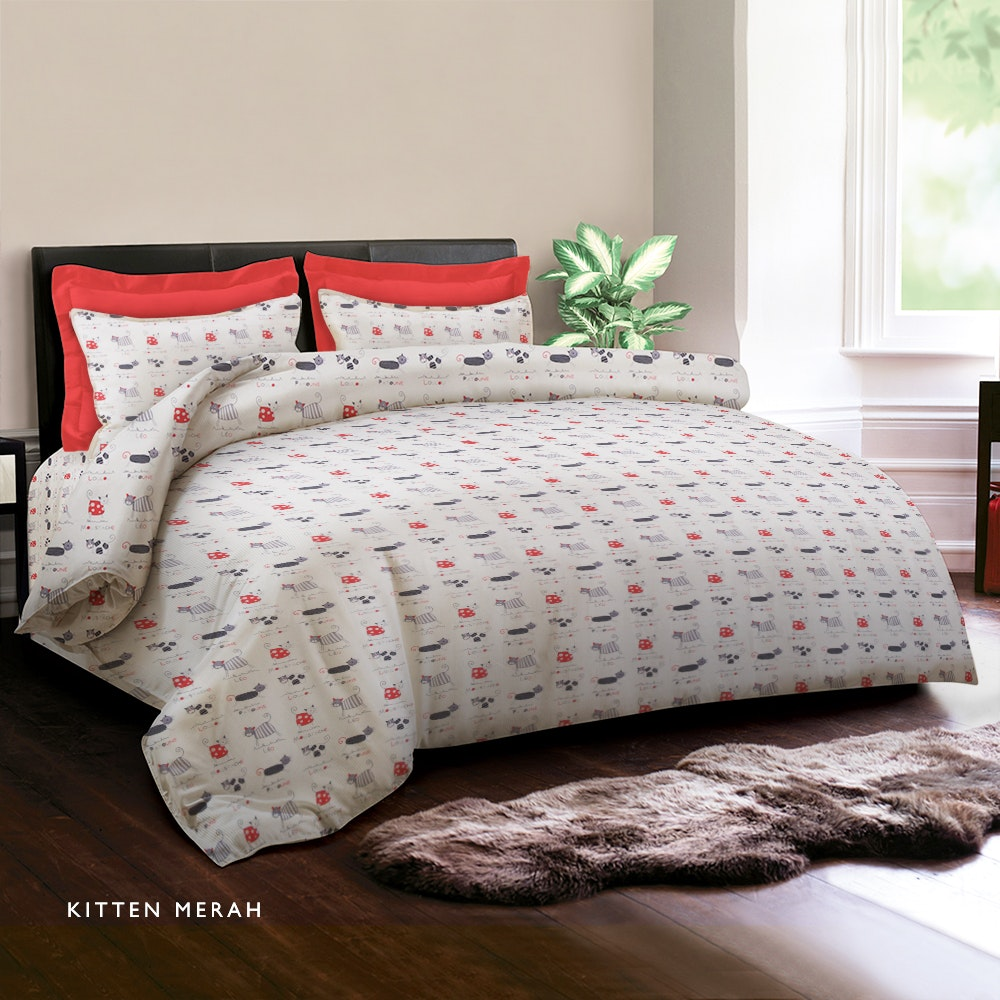 King Rabbit Kitten Merah Sprei 160X200X30Cm