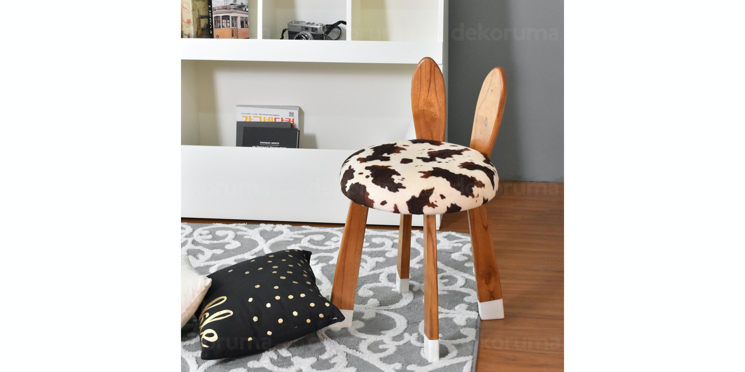Livien Kursi Stool Sofa Rabbit