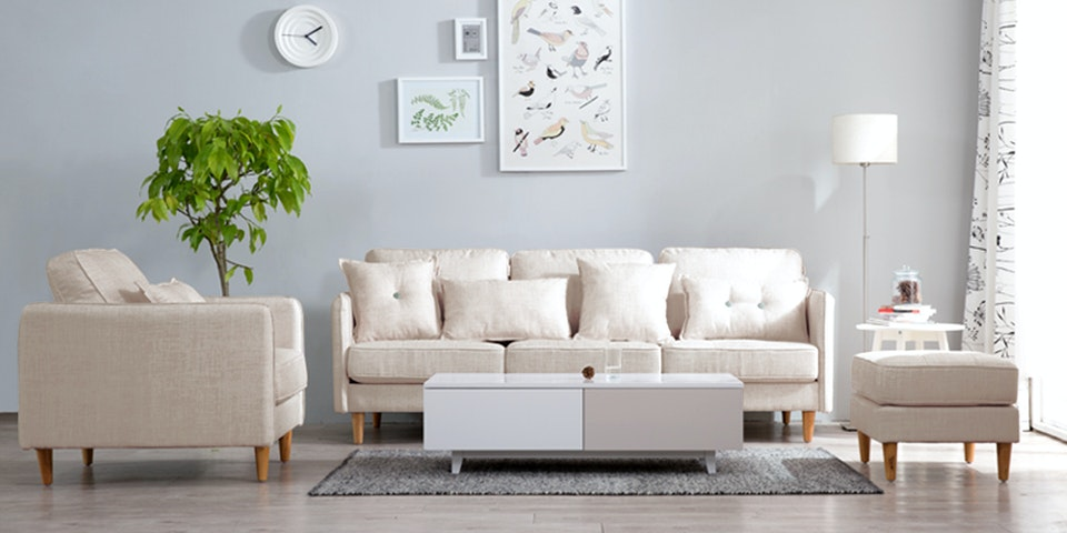 Maesta Rubi Sofa Set Golden Canvas