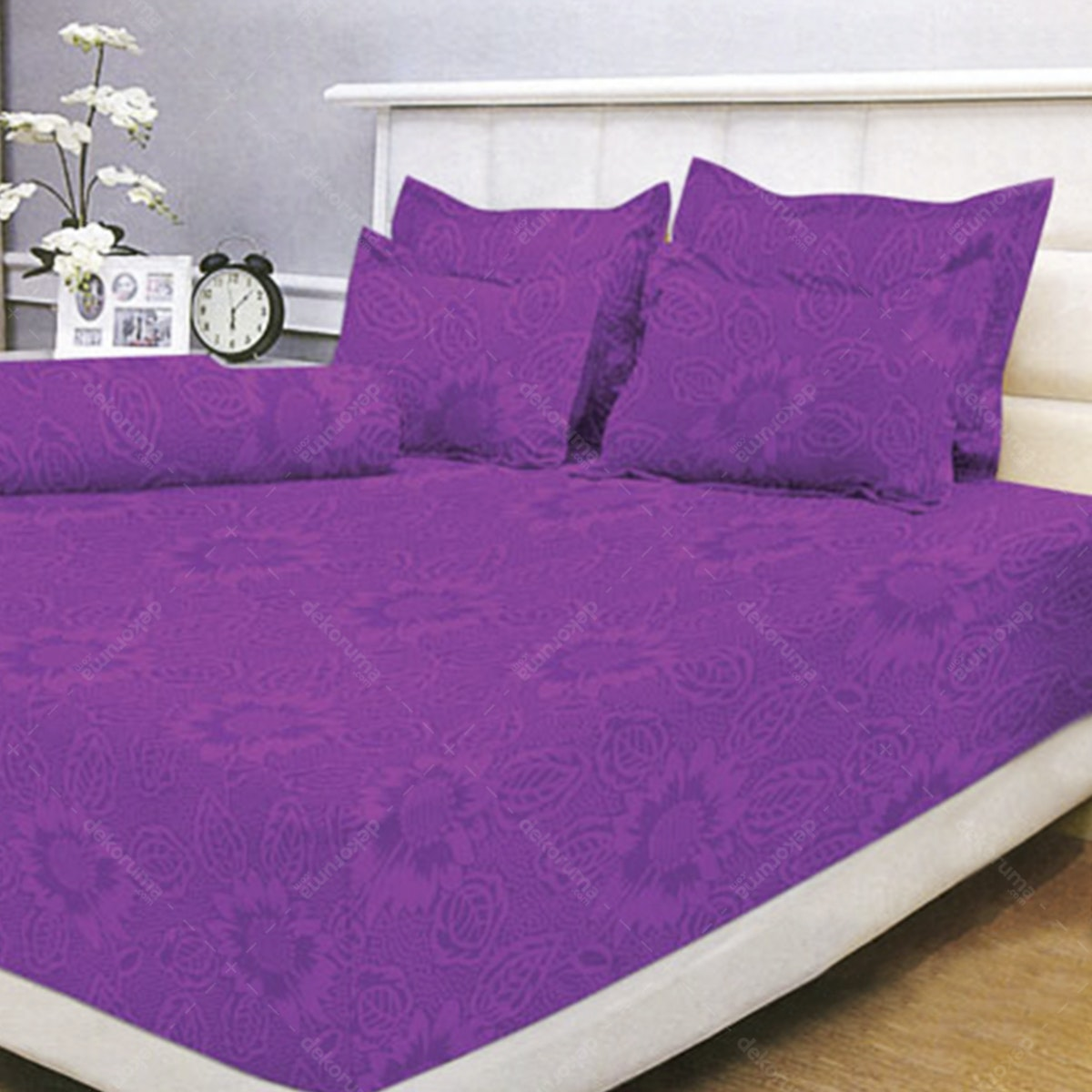 Vallery Quincy Bed Cover Light Purple BC 245x225cm