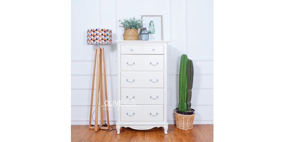 Olive House Queen Anne Cabinet 5 Drawer