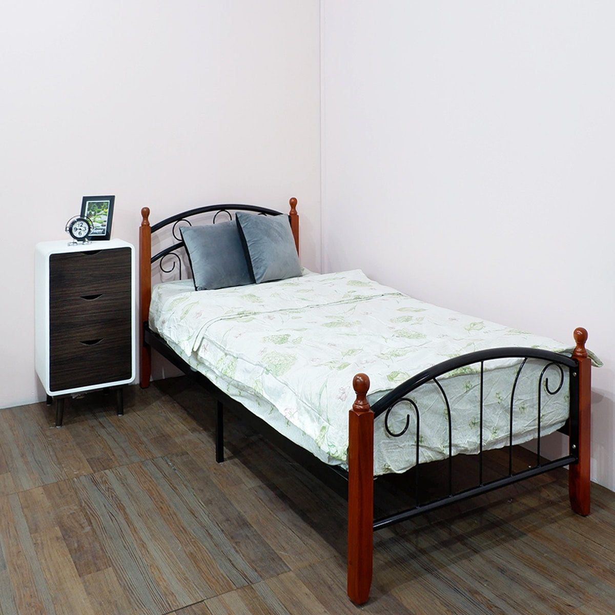Olive House Ranjang Tempat Tidur Hamilton Single Bed - Black