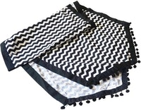 On&On Black Chevron Table Runner