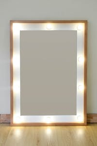 Lulu Home Beauty mirror plus dimable LED cermin rias make up kayu solid