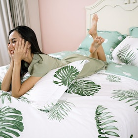 Rise Bedding Sprei Bahan Sateen Cotton Motif Monstera 200x200x40cm