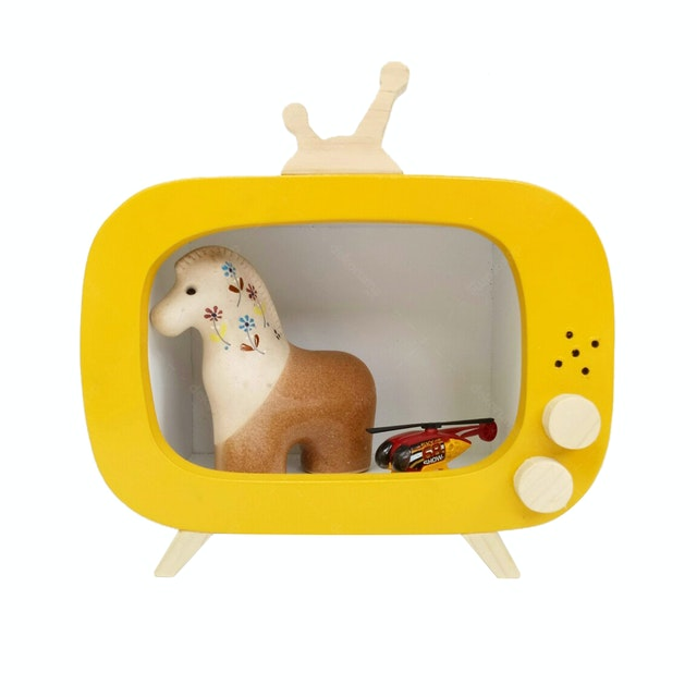 Stiletto Living SMALL TV BOX - Yellow (Pajangan kayu / Rak dinding / Storage)