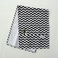 Stiletto In Style Cover Microwave / Cover Oven - Black Chevron