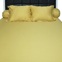 Sleep Buddy Set Sprei dan Bed Cover Gold Plain Cotton Sateen 180x200x30