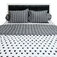 Sleep Buddy Set Sprei dan Bed Cover Queen CVC 160x200x30