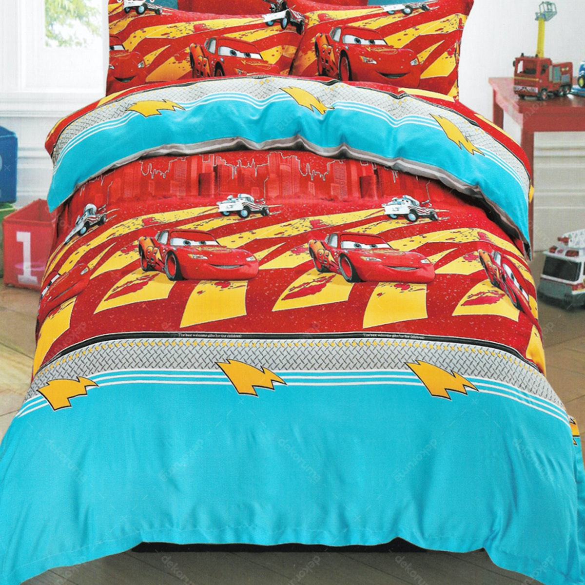 Sleep Buddy Set Sprei Little Cars Sutra Aloe Vera 180x200x30