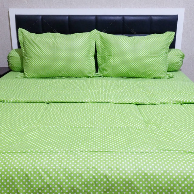 Sleep Buddy Set Sprei dan Bed Cover Polka Green CVC 160x200x30
