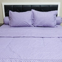 Sleep Buddy Set Sprei dan Bed Cover Polka Purple CVC 120x200x30