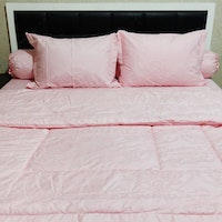 Sleep Buddy Set Sprei Dan Bed Cover Pink Victorian Jacquard Cotton 160x200x30