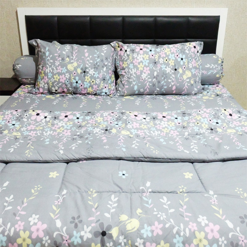 Sleep Buddy Set Sprei dan bed cover Grey Valerie CVC 200x200x30