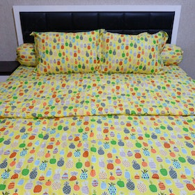 Sleep Buddy Set Sprei Dan Bed Cover Yellow Pineapple Cvc 160x200x30