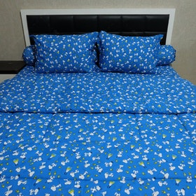 Sleep Buddy Set Sprei dan Bed Cover Snoopy Navy CVC 180x200x30
