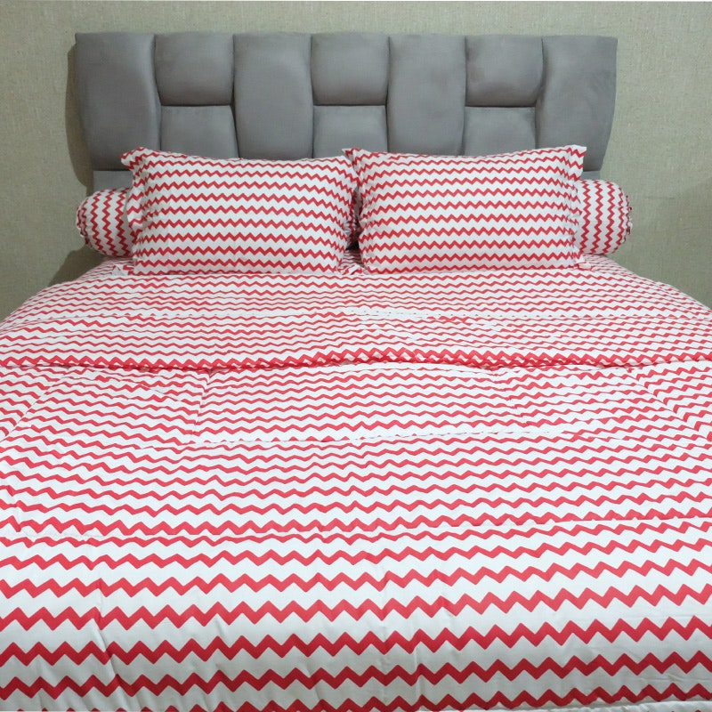 Sleep Buddy Set Sprei dan bed cover Baby Retro Red CVC 180x200x30