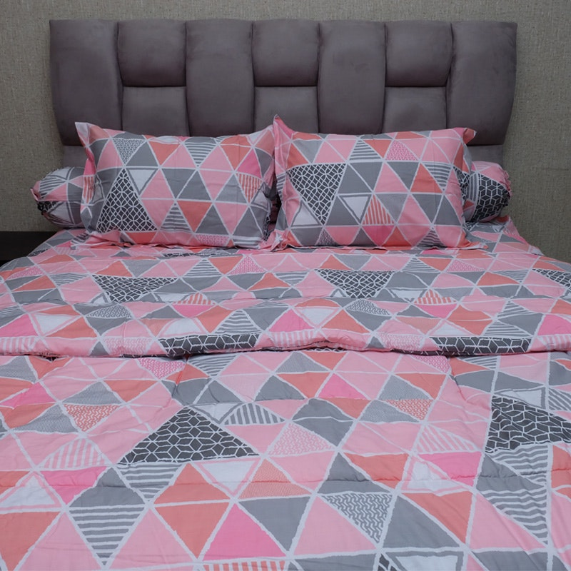Sleep Buddy Set Sprei dan bed cover Pink Trilogy CVC 200x200x30