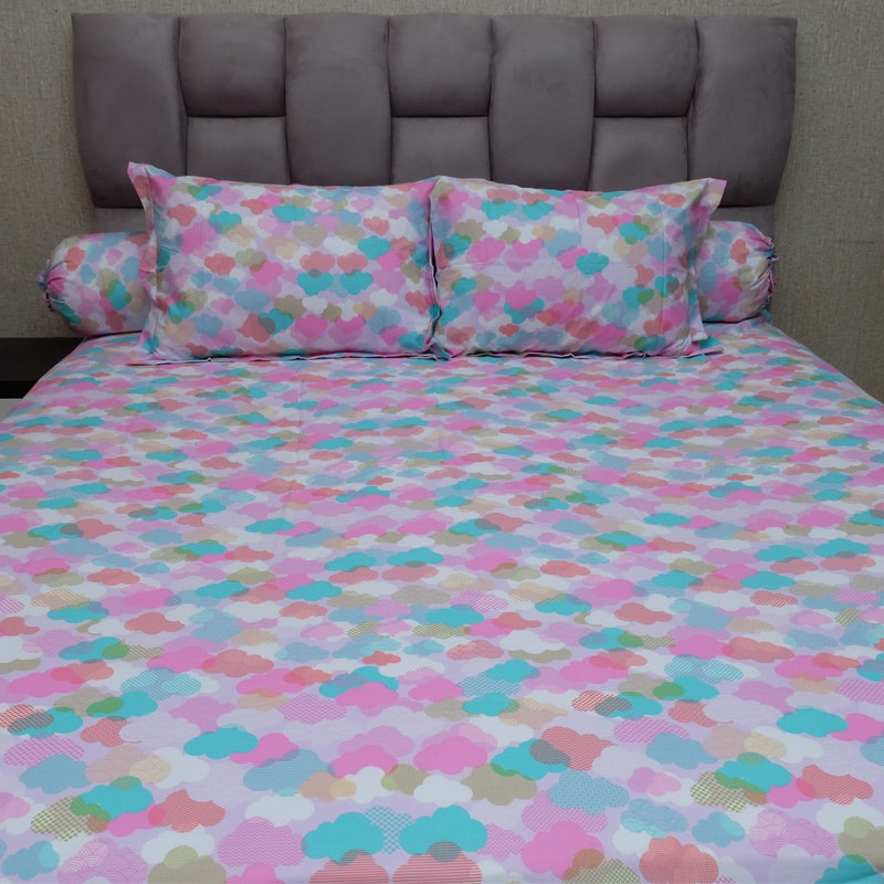 Sleep Buddy Set Sprei Rainbow Sky CVC 180x200x30