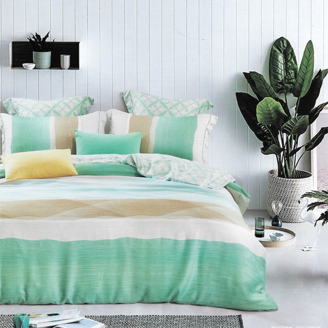 Sleep Buddy Set Sprei dan bed cover Minimalis Green Organic Cotton 160x200x30