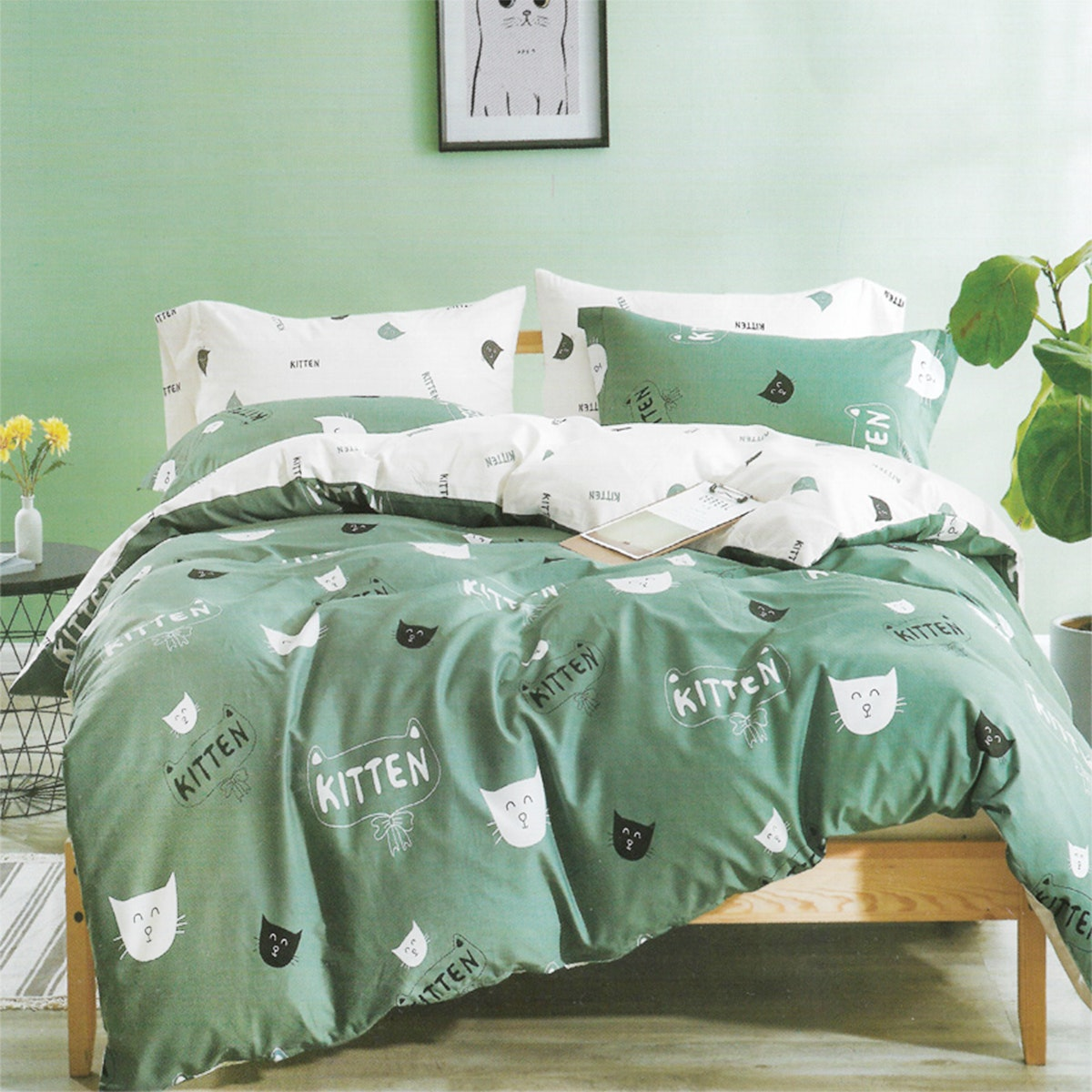 Sleep Buddy Set Sprei dan bed cover Kitty Cat Cotton Sateen 180x200x30
