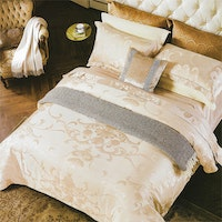 Sleep Buddy Set Sprei dan Bed Cover Luxurius Cream Sutra Tencel 200x200x40