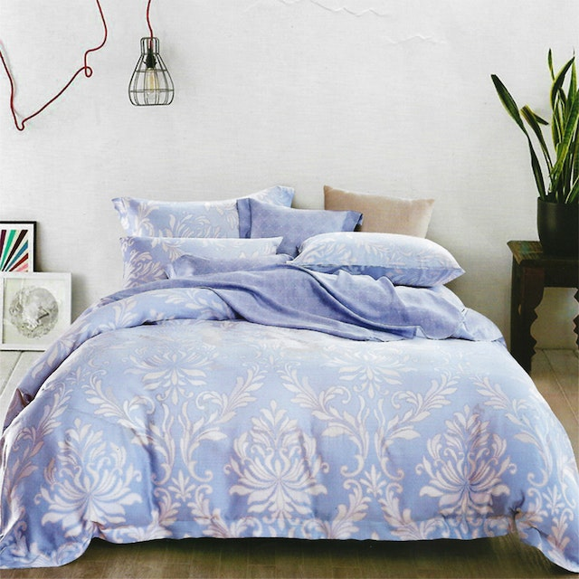 Sleep Buddy Set Sprei dan Bed Cover Soft Carve Tencel 200x200x30