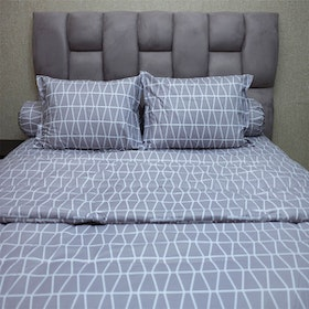 Sleep Buddy Set Sprei dan Bed Cover Prismatic Grey CVC 160x200x30