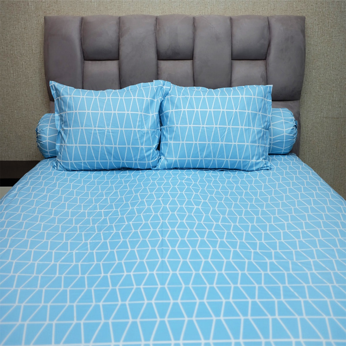 Sleep Buddy Set Sprei Prismatic Blue CVC 160x200x30