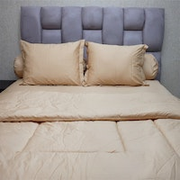 Sleep Buddy Set Sprei dan Bed Cover Plain Beige Cotton Sateen 180x200x30